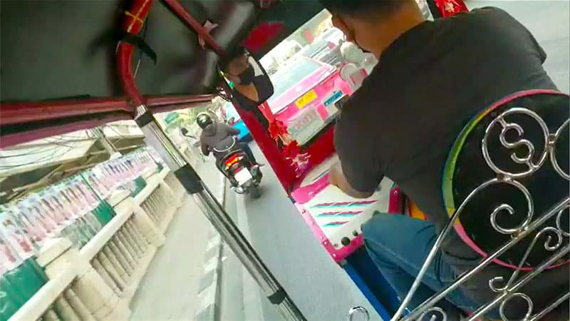 kondo_Thailand_tuktuk